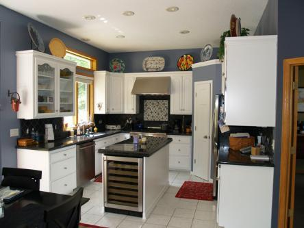 White Kitchen Cainets w/Built Island Wine Fridge